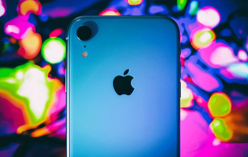 Test of iphone xr by apple in blue